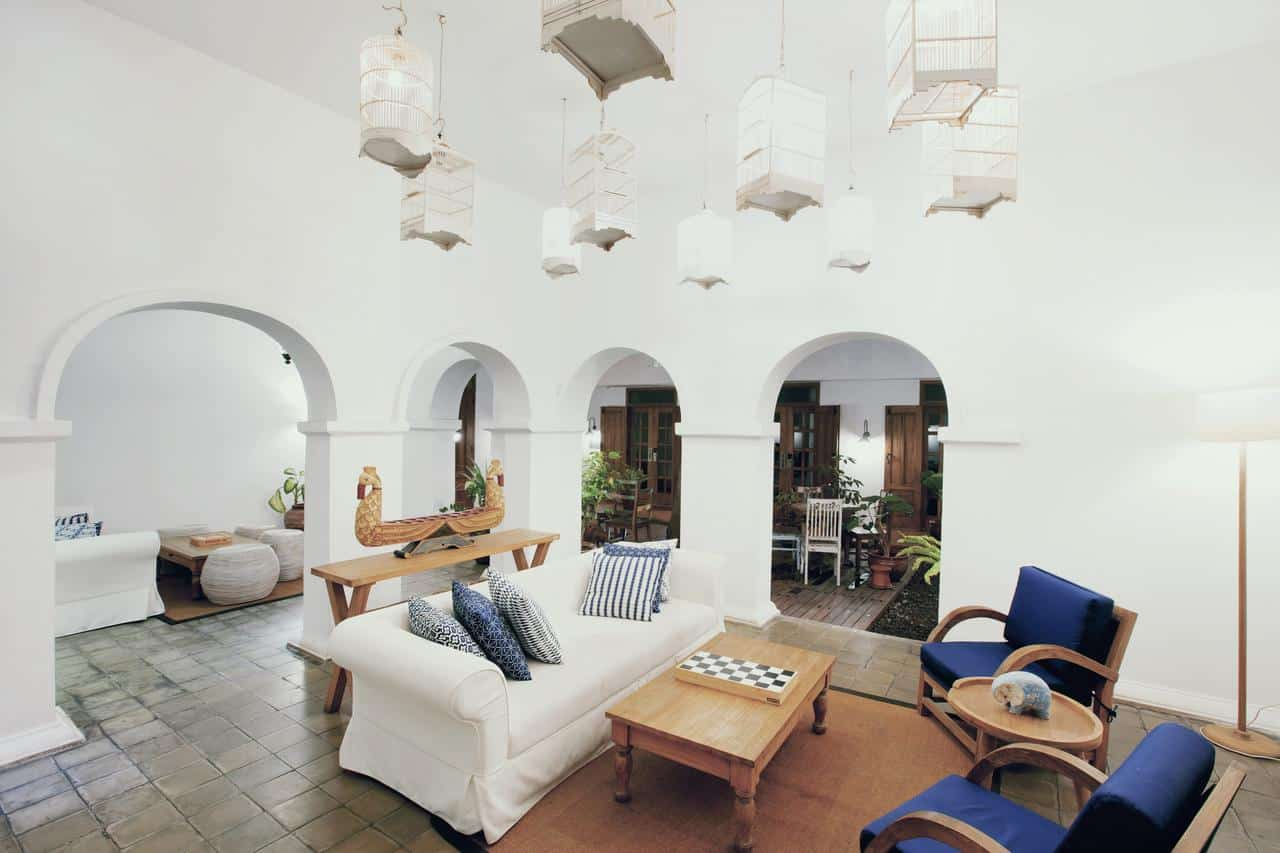 Adhista Hotel