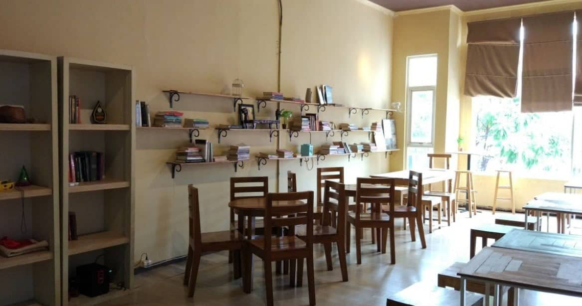 Mooi Kitchen Cake Shop & Cafe